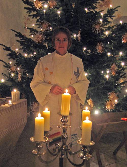 Bettina von Thun führte durch den Gottesdienst