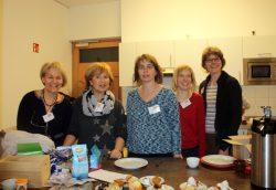 Einige der freiwilligen Helferinnen im Café