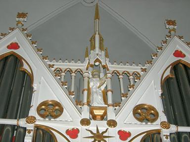 orgelprospekt-spitze.JPG
